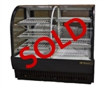 USED - True Dual Zone Curved Glass 50-7/8 Inch Bakery Display Case, (TCGDZ-50)