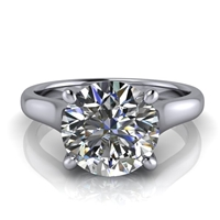 Graduated Trellis Round Brilliant Solitaire Engagement Ring 2ct.