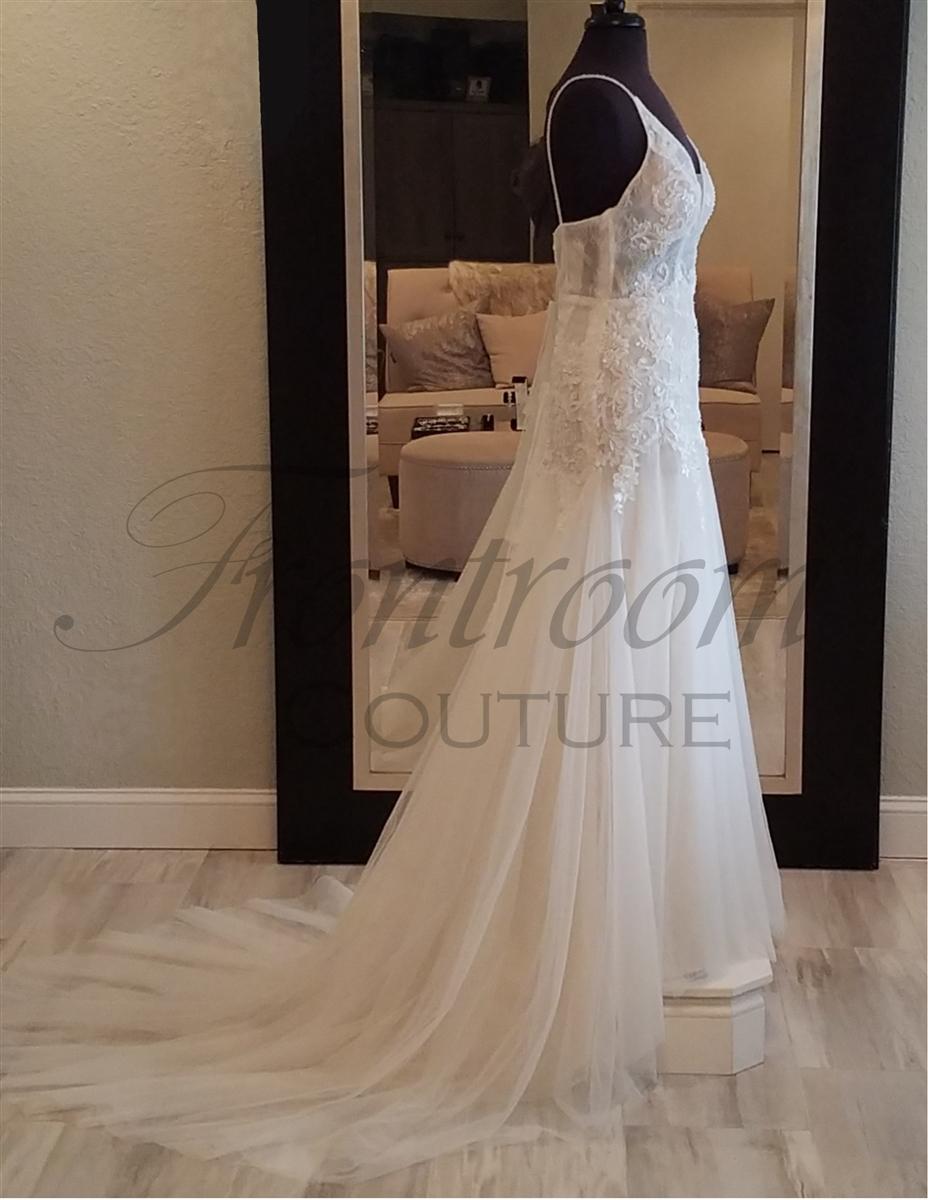 Champagne Wedding Dress Bride Gowns Spaghetti Straps V Neck Light Beads Applique