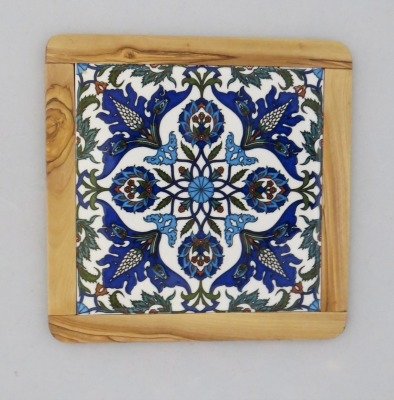 Ceramic and Wood Trivet