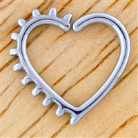 HEART WITH SPIKES DAITH RING