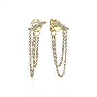 These 14k yellow gold diamond chain stud earrings feature 0.13 carats of shimmer.
