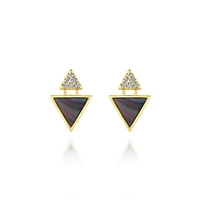 This 14k yellow gold stud earring pair features two complimenting sections.