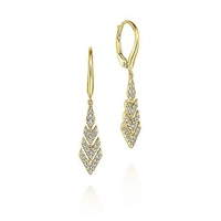 This 14k yellow gold diamond chevron pair of earrings features 0.27 carats of diamonds.