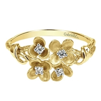 14k yellow floral ring with diamonds.