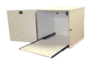 ISOLATION CUBICLE FOR TRUSCAN