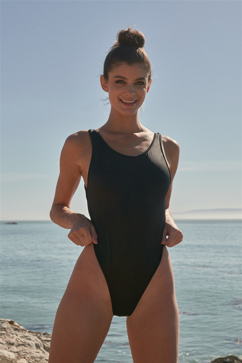 Black Solid Round Neck Open Back Detail Cheeky One-Piece Swimsuit