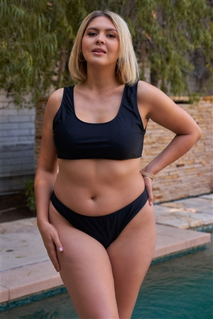Junior Plus Black Minimalistic Sleeveless Sports Top & High Waist Bottom Two-Piece Bikini Suit /4-2-1