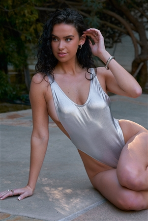Metallic Silver Sleeveless Open Back One-Piece Swimsuit /2-2-1-1