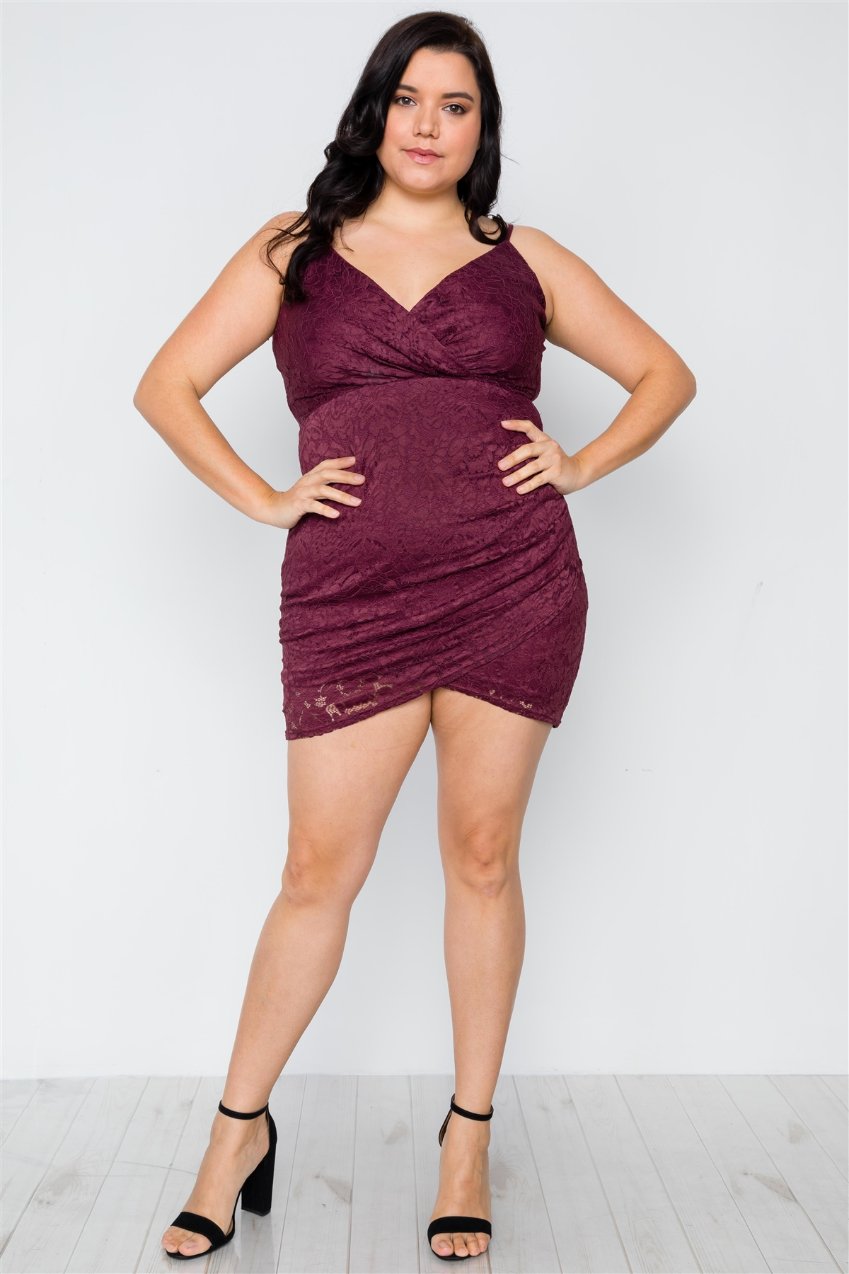 Plus Size Plum Floral Lace Cami Bodycon Dress / 2-1-1