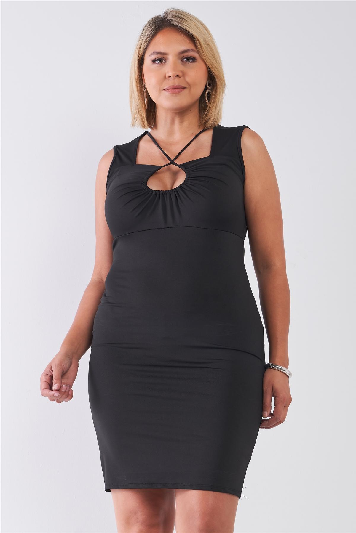 Black Plus Size Strappy Plunge Bodycon Dress / 2-2-2