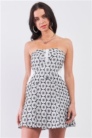 White & Black Floral Crochet Sleeveless Strapless Smock Back Detail Mini Dress /3-2