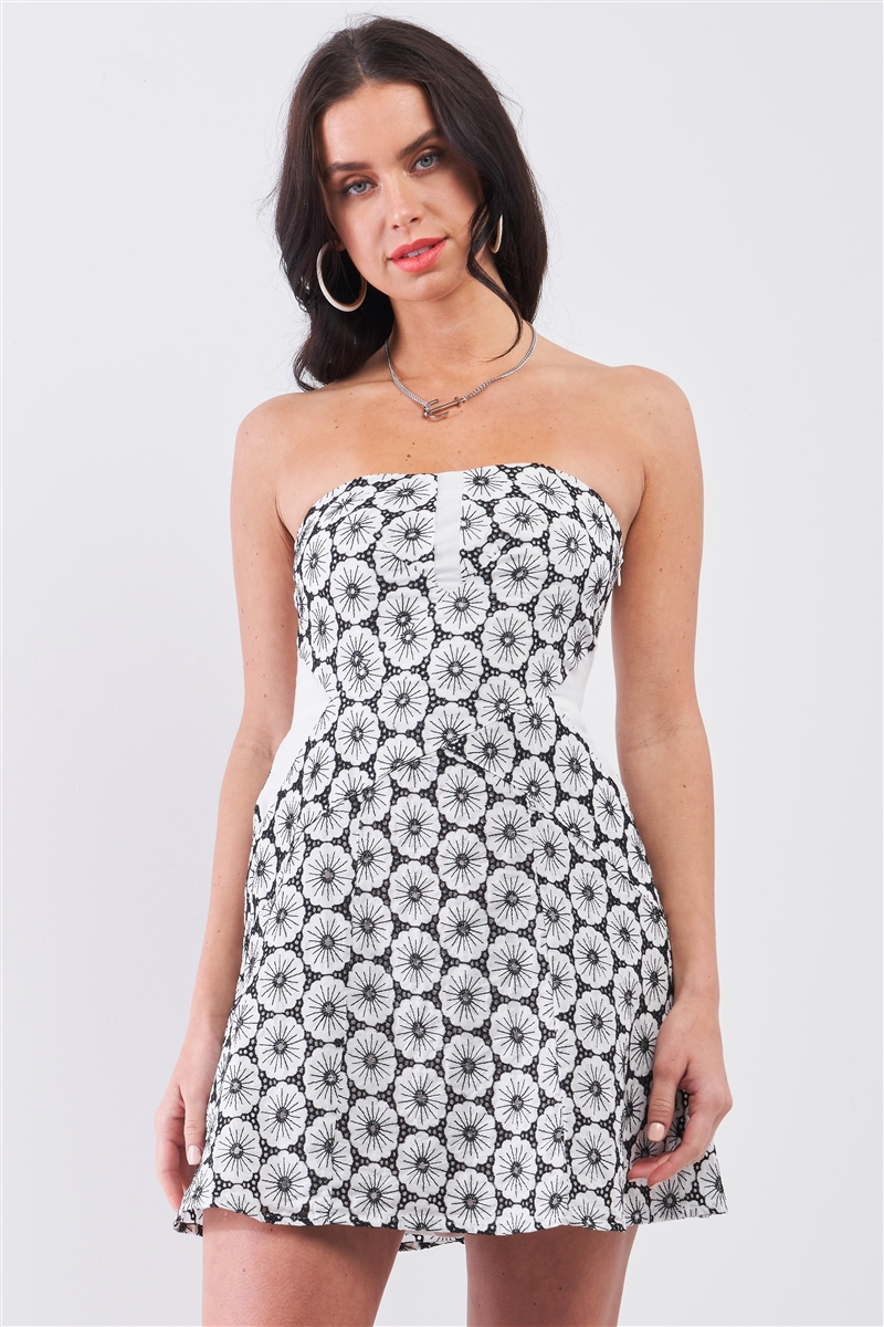 White & Black Floral Crochet Sleeveless Strapless Smock Back Detail Mini Dress /1-2-2-1