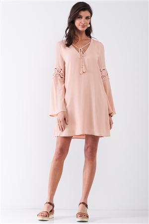 Light Pink Embroidered Trumpet Sleeve Tassel Tip Self-Tie V-Neck Relaxed Mini Dress /2-3-1