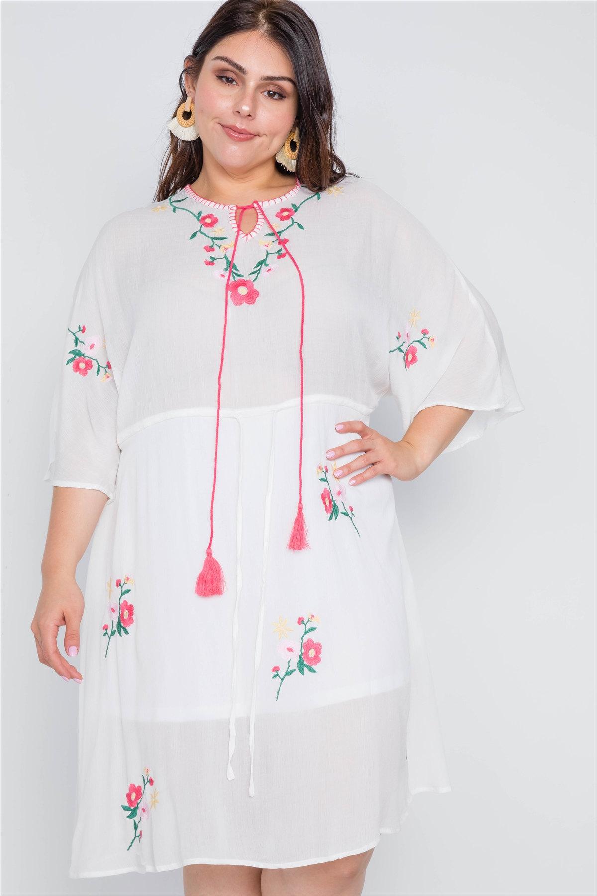 Plus Size Off White Floral Embroidery Midi Dress /2-2-2