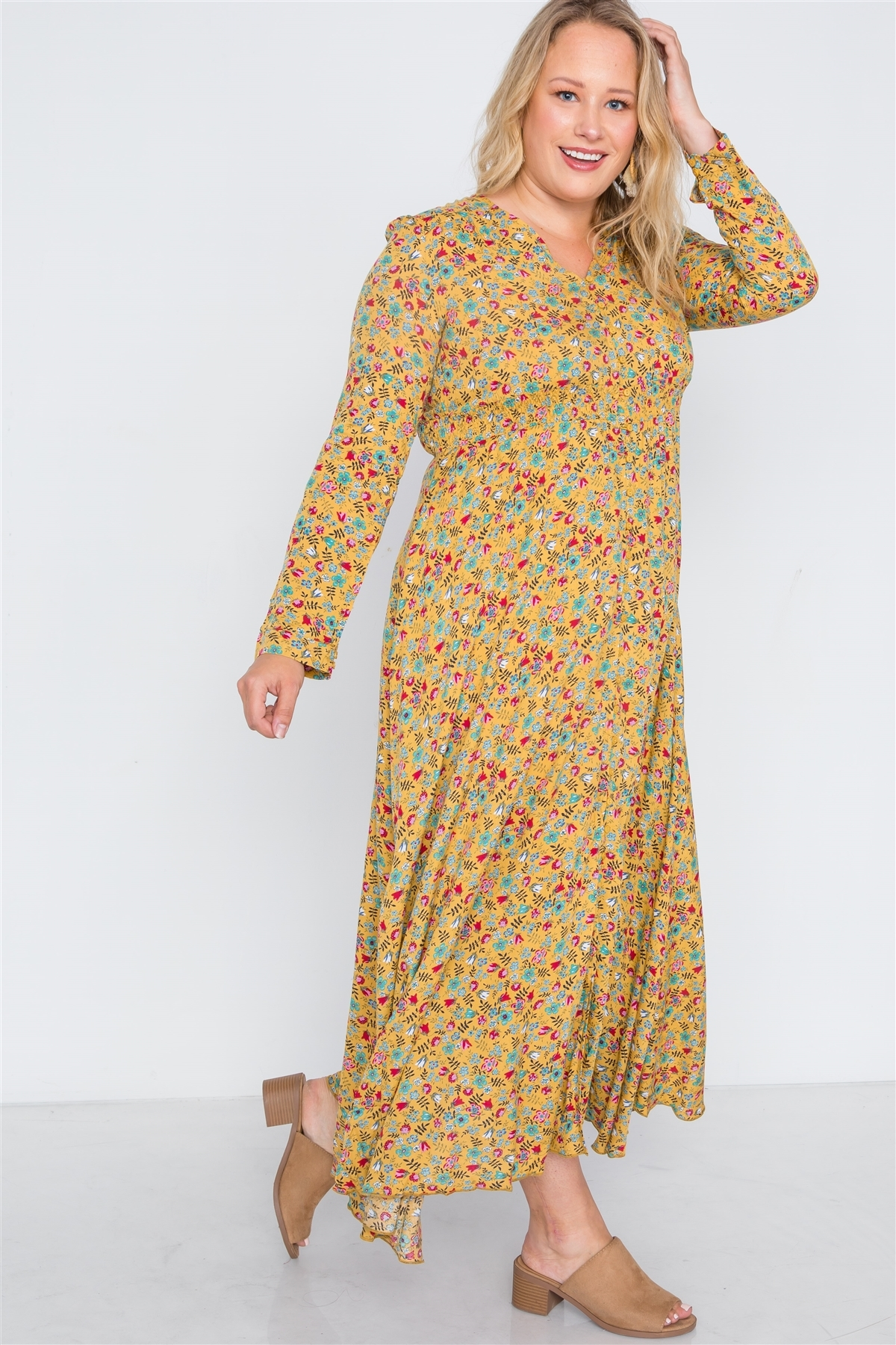 Plus Size Yellow Floral Button Down Maxi Dress /3-3
