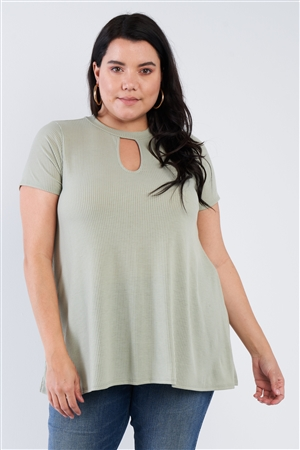 Junior Plus Size Sage Open Keyhole Short Sleeve Top