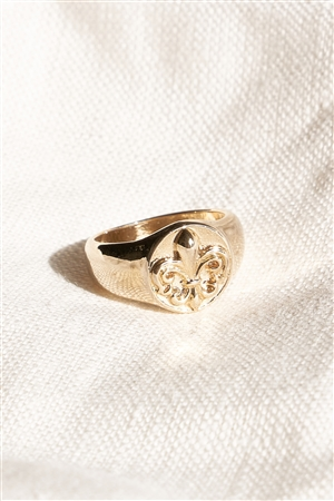 Gold Fleur-De-Lis Engraved Metallic Ring