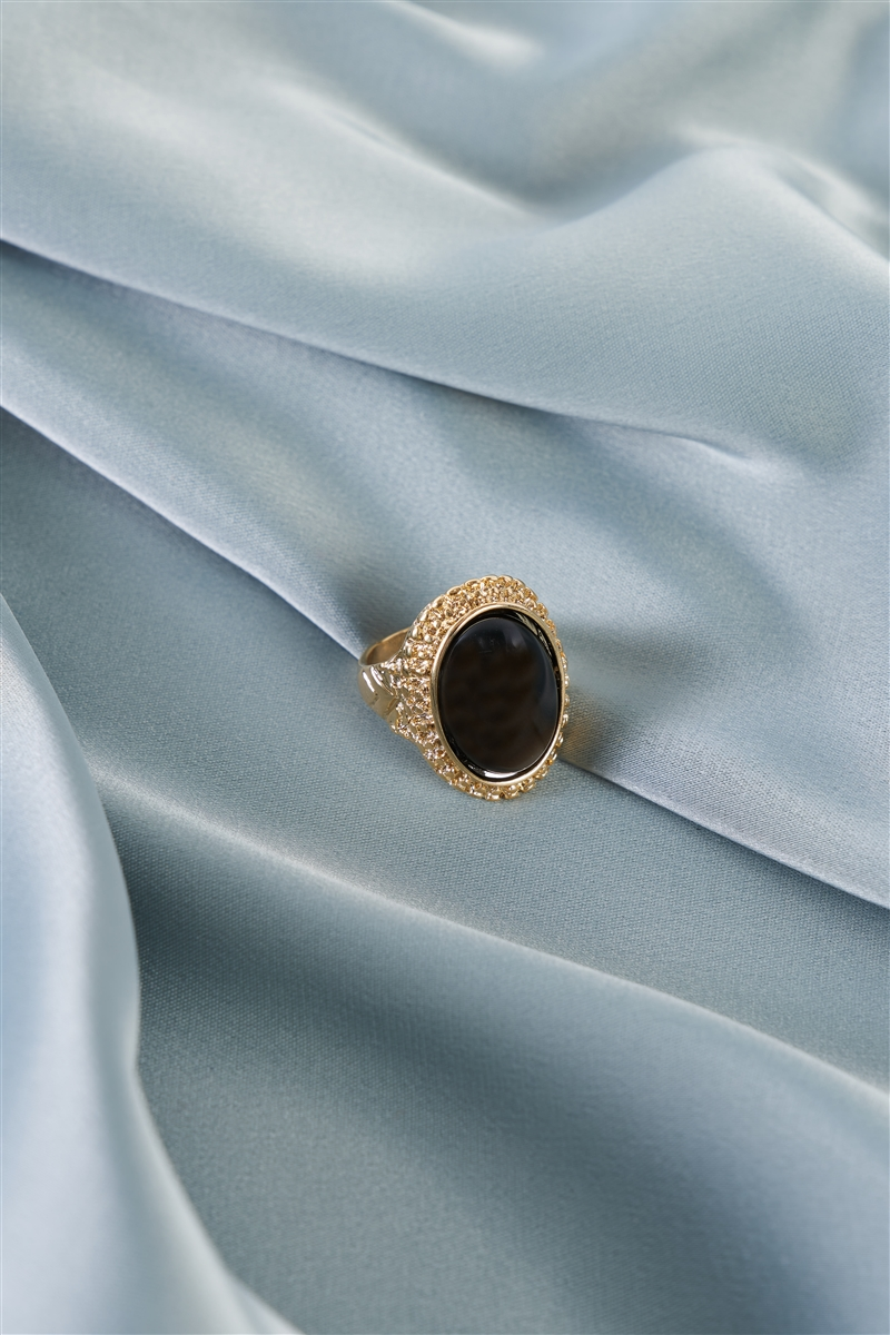 Black Oval Gemstone Ring