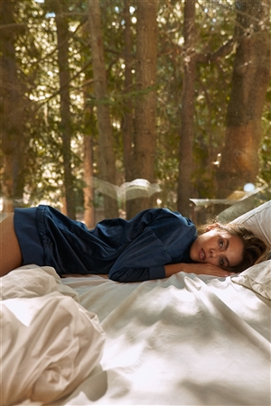 Navy Velvet Long Sleeve Hooded Mini Shirt Dress