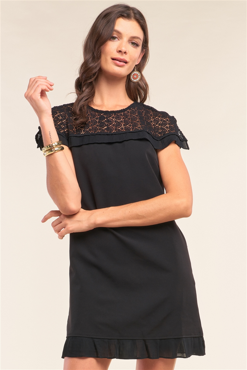 Black Crochet Lace Trim Self-Tie Crew Neck Pleated Hem Detail Relaxed Fit Mini Dress /1-3-2