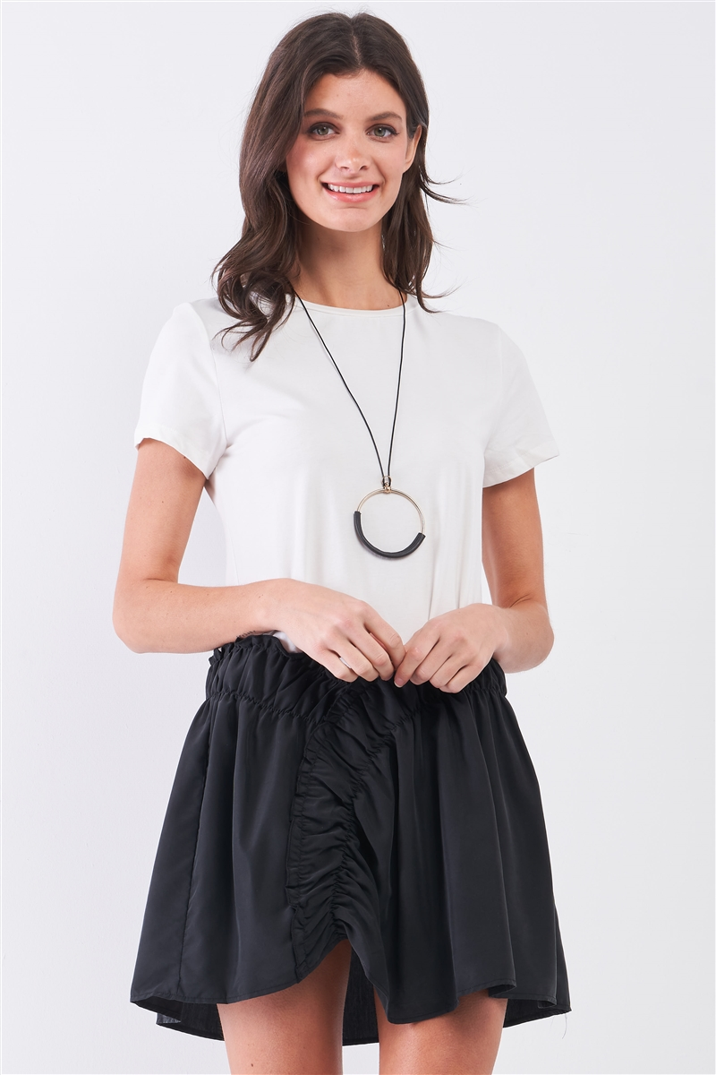 White & Black Short Sleeve Round Neck Dropped Waist Elastic Shirred Detail T-Shirt Mini Dress /1-2-2