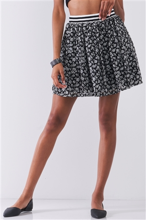 Black & White Floral Print Sporty Striped Elasticized High Waistband Detail Flare Mini Skirt /1-2-2-1