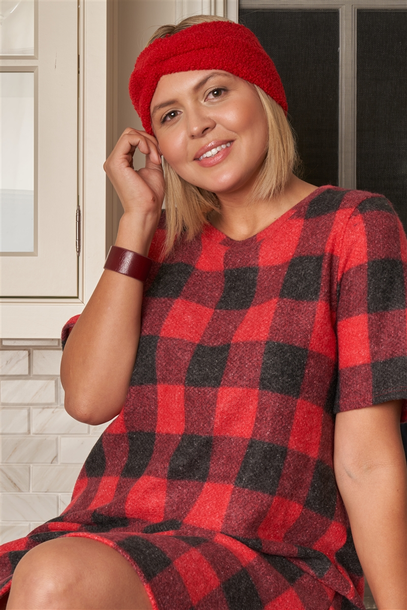 Junior Plus Size Red Checkered Round Neck Short Sleeve Sweater Mini Dress