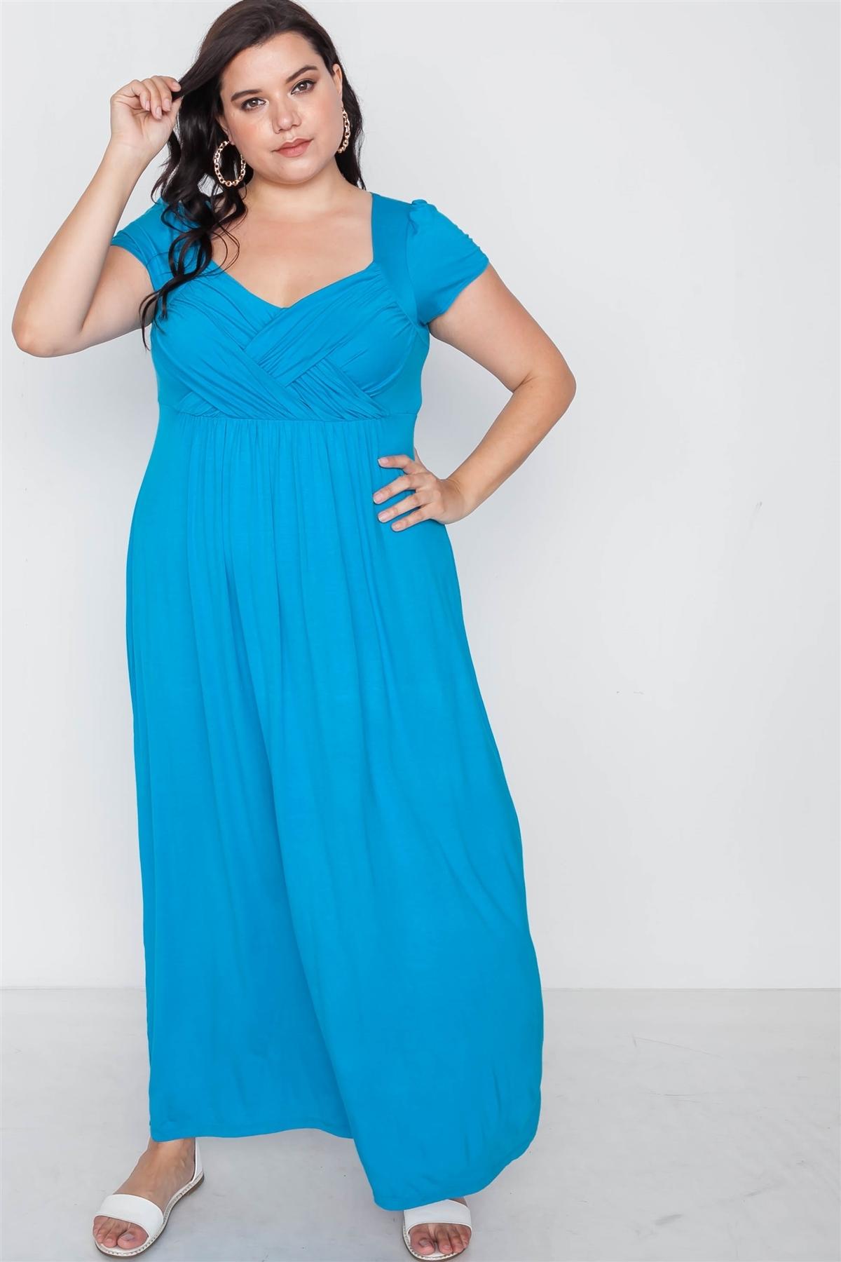 Plus Size Hawaii Blue Short Sleeve Maxi Dress
