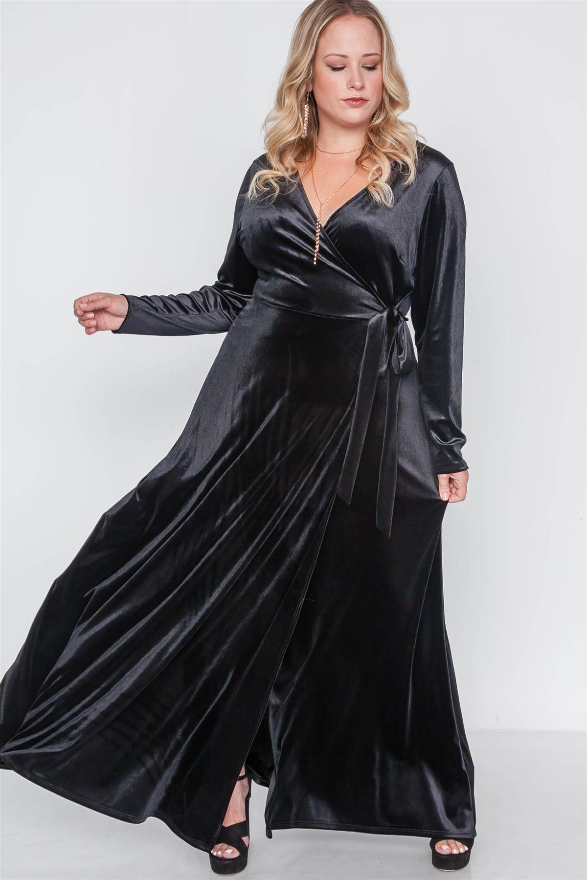 Plus Size Black Velvet Surplice Neck Maxi Dress /2-2-2