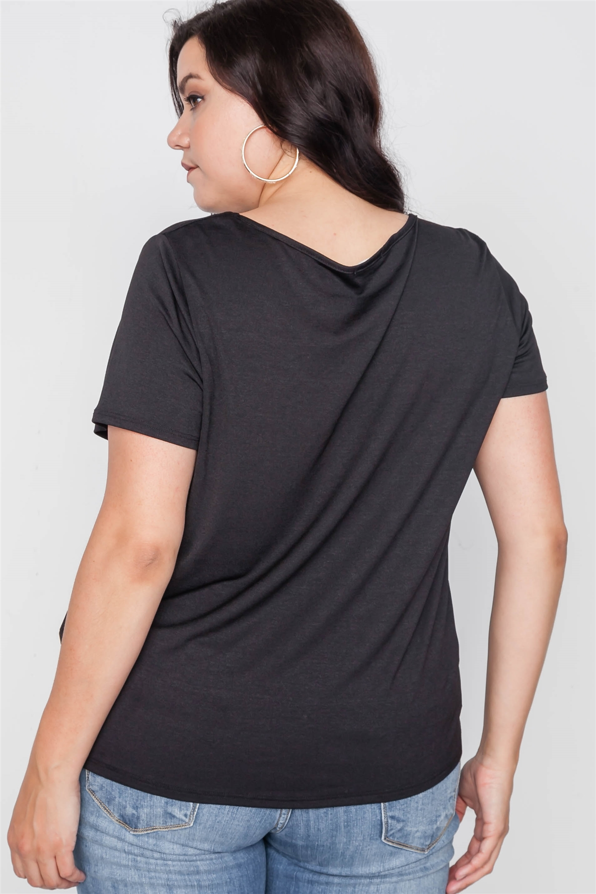 18cf04ebd3456f Plus Size Black Short Sleeve Twist Front Top /2-2-2