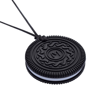 Got Special KIDS|The Munchables Biscuit Pendant features a textured front and back side. It is an ideal choice for those who like textured surfaces and is appropriate for mild-moderate chewers.