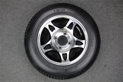 The aluminum wheels  have Black trianagle Cut Outs