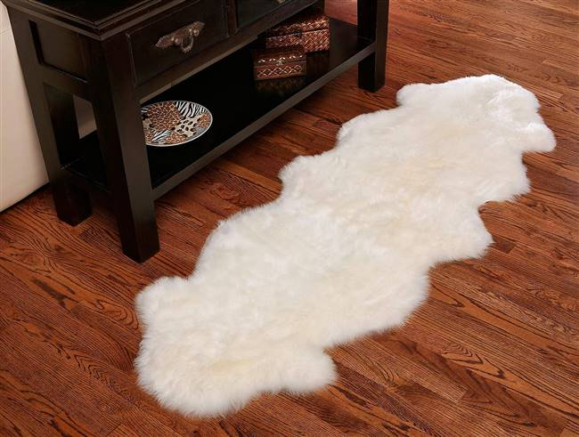 Genuine Sheepskin Rug 40 x 23