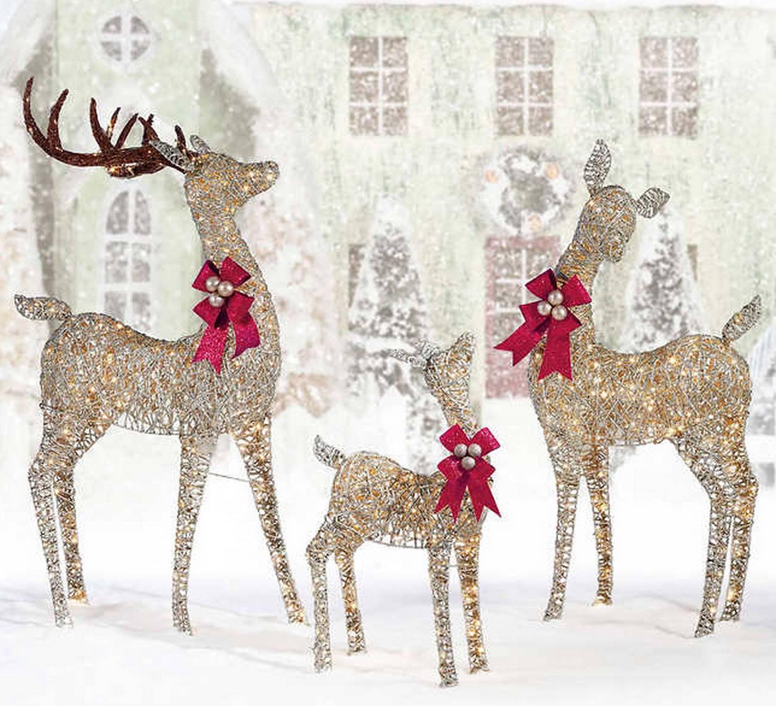 Huge Outdoor Prelit LED Deer Family Christmas Decoration Set