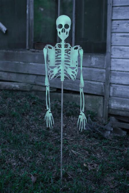 Skeleton Yard Art - Glow In The Dark