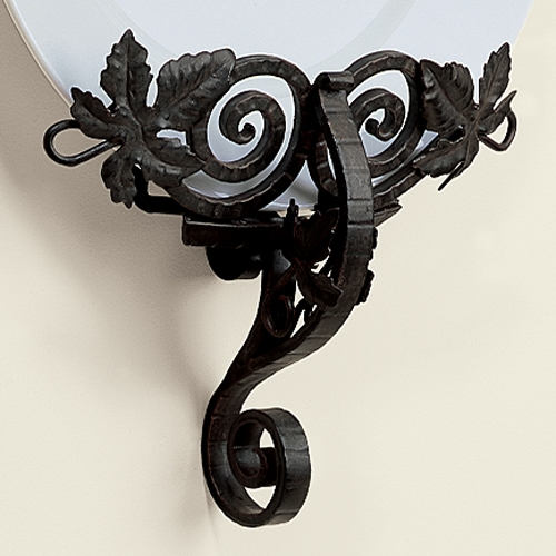Wrought Iron Grape Leaf Wall Mounted Plate Holder by Global Views Larger Photo & Wrought Iron Grape Leaf Wall Mounted Plate Holder by Global Views