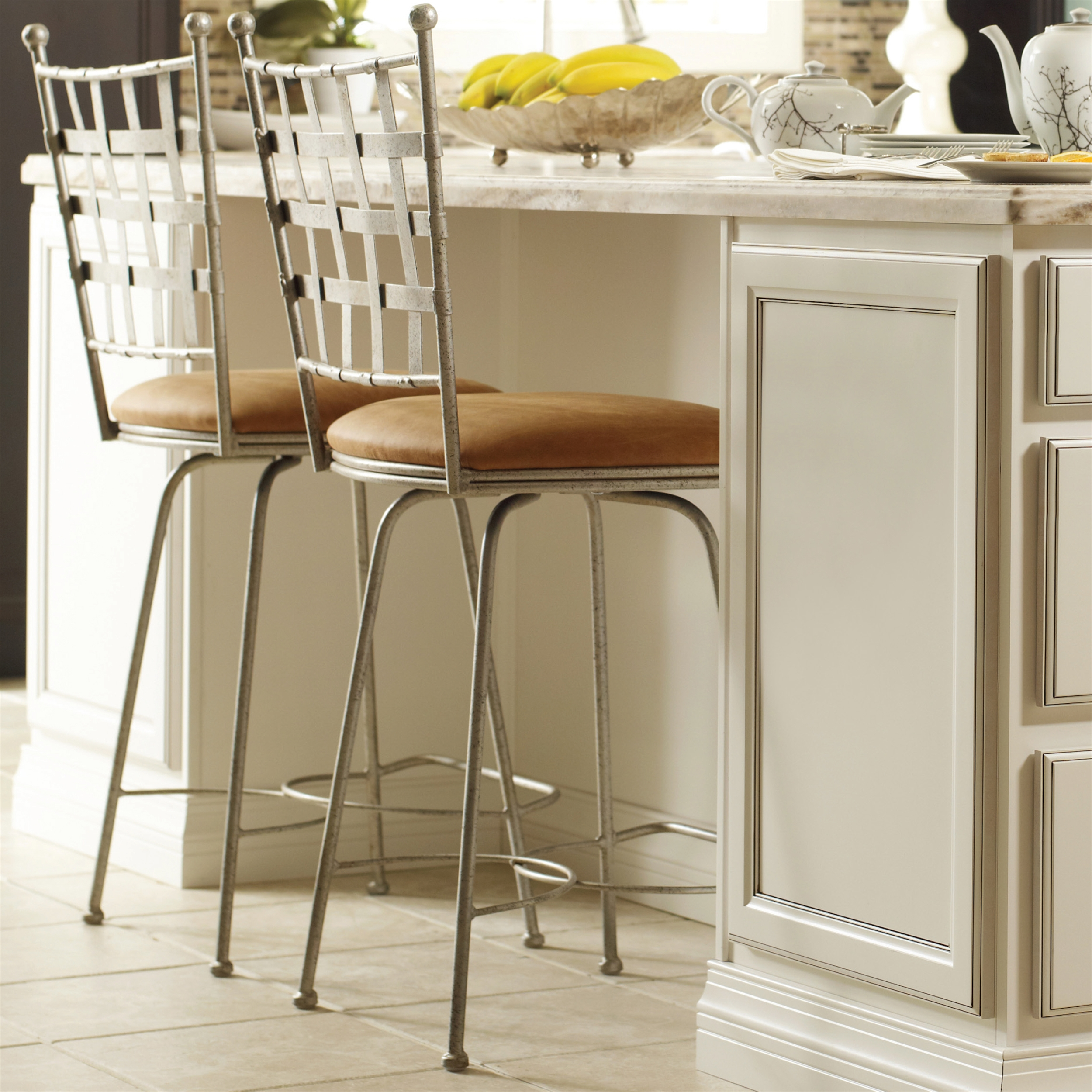 Etrusche Swivel Counter Stool 26 In Seat Height