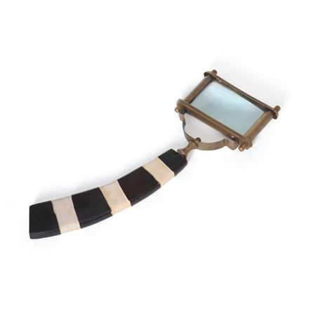 Striped Magnifier