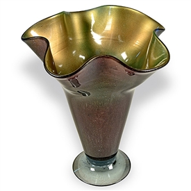 Pictured here is the Cool Breeze Ruffle Glass Vase from Couleur