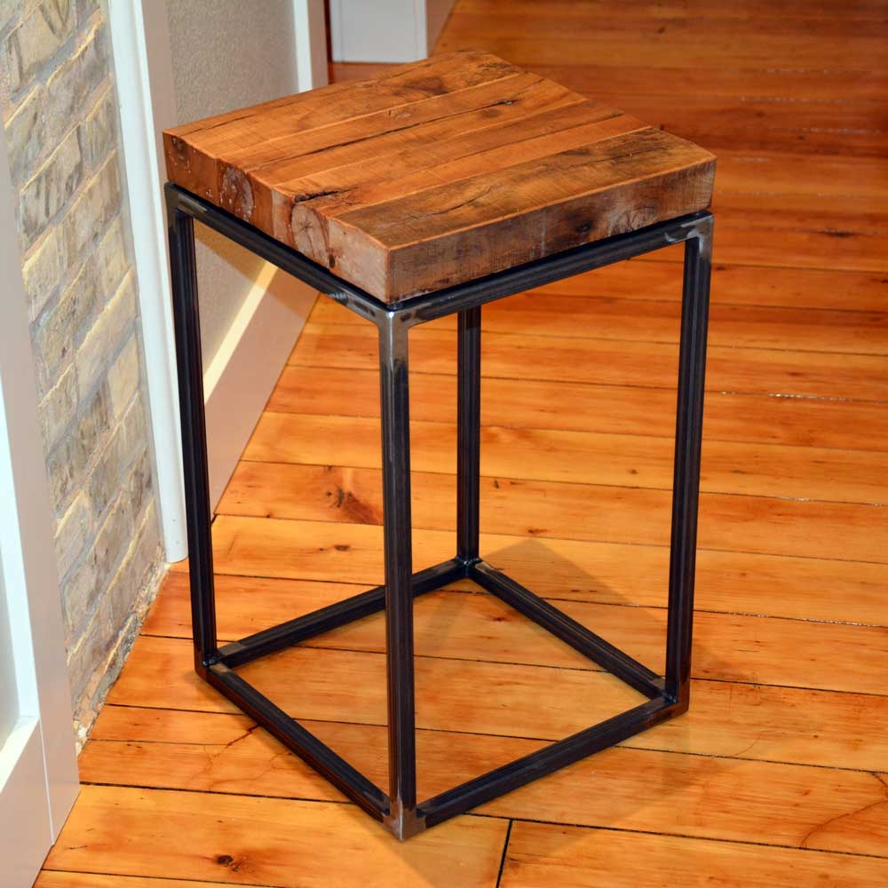 American Country Small End Table 14 x 14 x 23