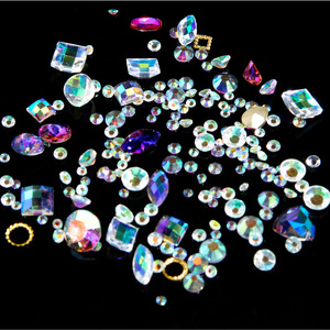 3D Nail Art Rhinestones Set #4 - Brilliant Sparkle Crystals - Pack (520490)