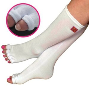 Pedisavers Individual Toe Pedicure Socks White Full Length (PediSavers-KWT-005)