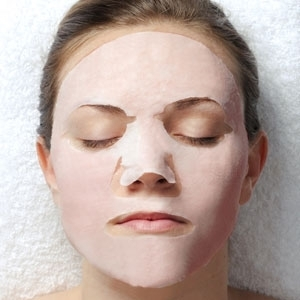 Red Ginseng Masque by uQ (UQ-30)