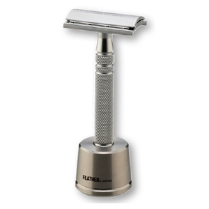 Stainless Steel Double-Edge Razor With Stand (F125902)