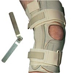 Single Pivot Knee Wrap Thermoskin Large (709 0077)