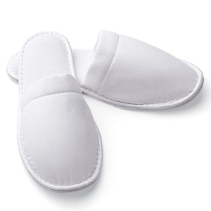 Slippers - Closed Toe - Microfiber Men's White (8150CMEN)