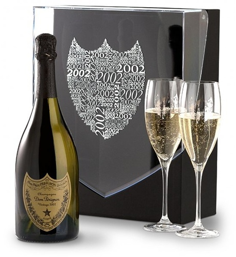"""Moet Chandon """"Dom Perignon"""" 2002 with 2 Crystal Flutes Gift Pack (Champagne, France) - Robert Parker [96 pts] - Wine & Spirits [96 pts]"""