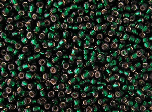 6/0 Toho Japanese Seed Beads - Emerald Green Silver Lined #36