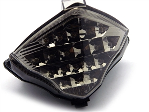 r1 04-06 smoke tail light